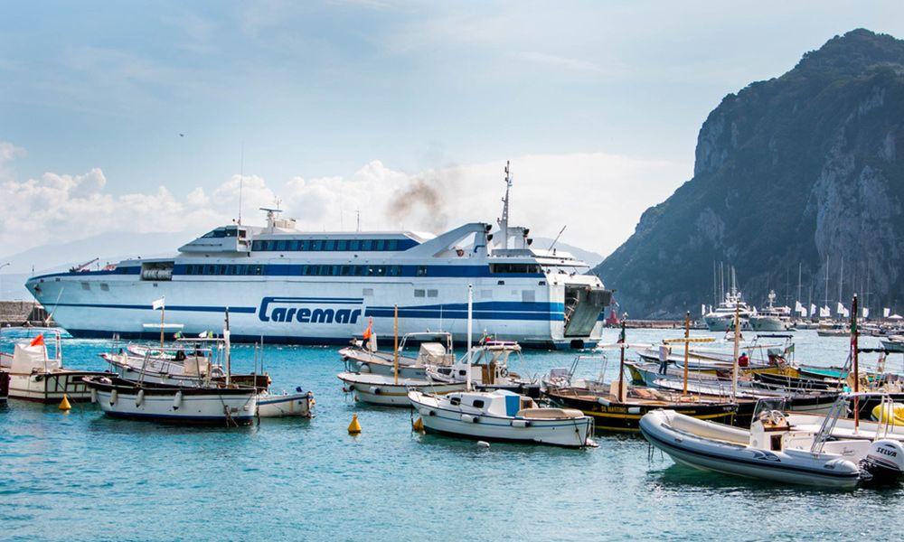 Traghetto Motonave Veloce Isola di Capri